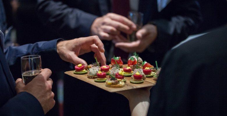Organiser une fête d'entreprise réussie : les points essentiels