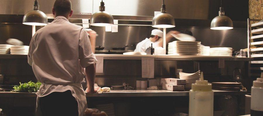 Ouvrir un restaurant : quels sont les équipements indispensables ?